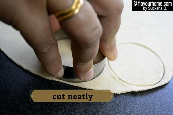 cutting gol gappe
